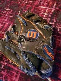 "Wilson A450 Youth Baseball Glove - 11"" Left Handed"