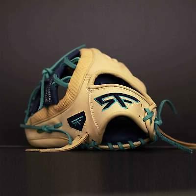 11.5-Inch Tiger Baseball Glove Handed