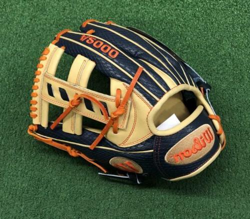 Wilson Altuve Glove