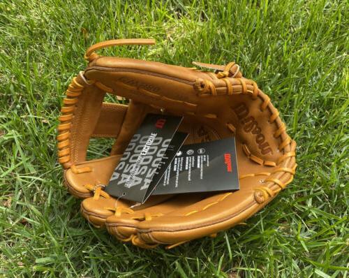 Wilson A2000 Edition college Glove