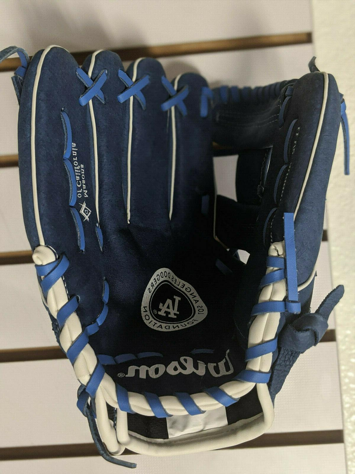 Wilson A450 LA Dodgers 11.5'' Blue 12U Glove
