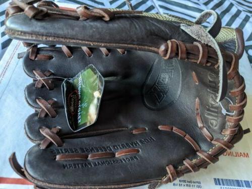 """Louisville Defense 11.5"""" Glove RHT"""