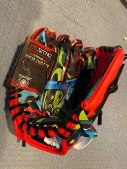 "Ortiz34 9"" Graffiti T-Ball Glove- David Ortiz Graffiti Youth"